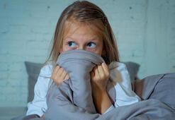 Okula giden çocukların en az 10 saat uykuya ihtiyacı var