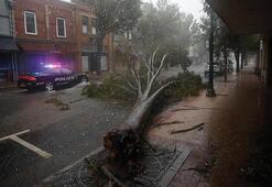 Delta Kasırgası yüz binlerce kişinin kabusu oldu