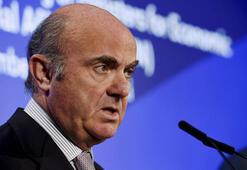 Euro Bölgesi ekonomisi ivme kaybediyor