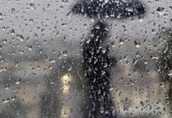 Meteorolojiden kuvvetli yağış uyarısı İstanbulda hava durumu bugün nasıl olacak