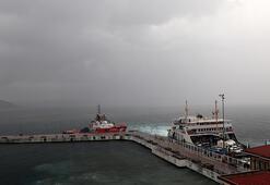 Son dakika... Fırtına alarmı Çanakkale Boğazı trafiğe kapatıldı