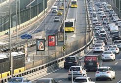 Trafik İstanbulluların ayda 6 gününü çalıyor