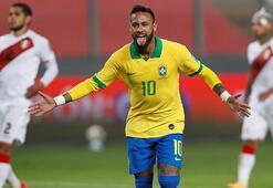 Neymar, Brezilya Milli Takımının 2. en skorer futbolcusu oldu