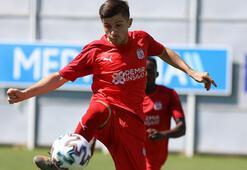 Sivassporda Armin Derlek liste dışında kaldı