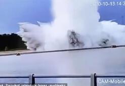 Etkisiz hale getirilmeye çalışılan 75 yıllık bomba patladı