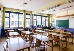 Okullar ne zaman açılıyor, kaçıncı sınıflar gidiyor Okullar kaç gün var 2020