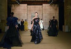 Mercedes-Benz Fashion Week Istanbulda beşinci gün