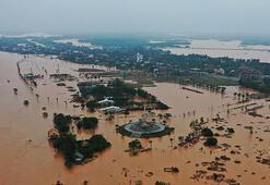 Vietnamdaki sel felaketi...Ölü sayısı 55e çıktı
