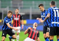 Dev derbide Zlatan damgası Inter-Milan: 1-2