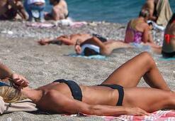 Antalyada, ekimde deniz ve güneş keyfi