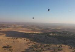 Göbeklitepede sıcak hava balonuyla resmi uçuşlar başladı