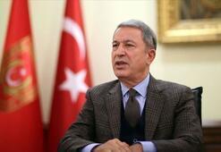 Son dakika Milli Savunma Bakanı Hulusi Akardan Ersin Tatara tebrik