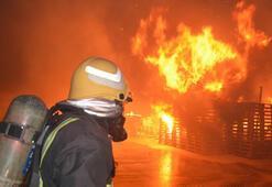 Kükürt fabrikasında korkutan yangın Alev alev...
