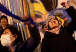 Bolivyada sosyalistler, seçim sonuçları açıklanmadan zafer ilan etti