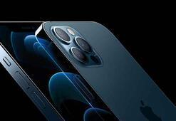 iPhone 12 ön siparişleri iPhone 11'i ikiye katladı