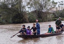 Vietnamda aşırı yağışların yol açtığı afetlerde ölenlerin sayısı 105e yükseldi