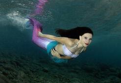 Melike, 5 yıldır su altı modelliği yapıyor