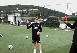 Beşiktaş idmanında eğlenceli anlar Genç yıldızlar kapıştı...