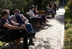 Son dakika... İstanbulda yeme-içme mekanlarında sosyal mesafe unutuldu