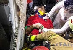 Başakşehirde asansör boşluğuna düşen adam kurtarıldı