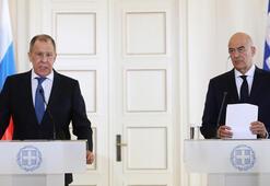 Lavrov Atinadan Doğu Akdeniz mesajı verdi