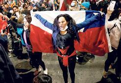Şili halkı yeni anayasa istedi