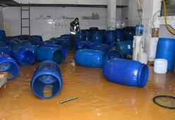 Adana'da ele geçirilen 7 bin 300 litre sahte içki imha edildi