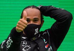 Lewis Hamilton tarih yazıyor