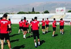Kahramanmaraşsporda 19 kişinin Kovid-19 testi pozitif çıktı