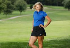 Claire Hogleden golf paylaşımı