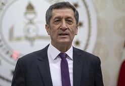 Milli Eğitim Bakanı Ziya Selçuk, TRT EBAdan öğrencilere seslendi