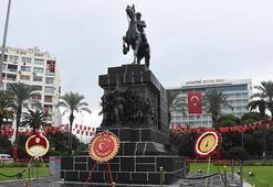 29 Ekim, İzmirde resmi törenle kutlandı