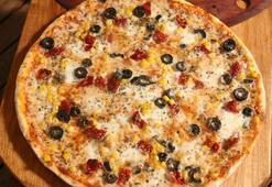 Pizza tarifi | Pizza hamuru yapımı, malzemeleri nelerdir