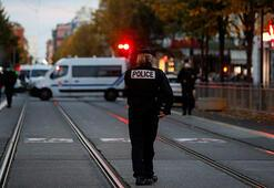 Son dakika... Fransanın Nice kentinde 3 kişinin öldürüldüğü saldırıda gözaltı sayısı 6 oldu