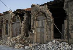 Depremin vurduğu Sisam Adası yaralarını sarmaya çalışıyor