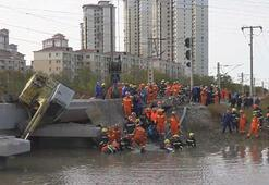 Çinde köprü yıkıldı: 7 ölü, 5 yaralı
