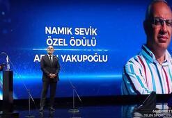 Namık Sevik Özel Ödülü: Afşın Yakupoğlu