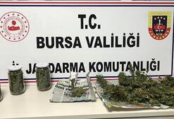 Jandarma ekiplerinden uyuşturucu operasyonu: 3 şüpheliden 2si yakalandı