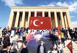 Selanik'ten Ankara'ya Atatürk'ün izinden