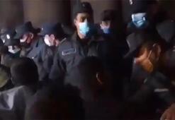 Ermenistan'da halk Dağlık Karabağ'daki mağlubiyetin ardından sokaklara indi