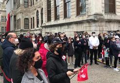 Vatandaşlar Dolmabahçe Sarayı'nda tek yürek oldu