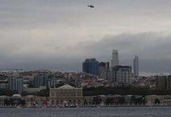 En özel anma... Polis helikopteriyle Dolmabahçe üzerinde saygı duruşu