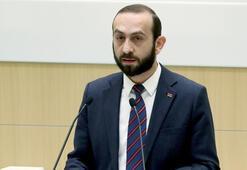Ermenistanda göstericiler Meclis Başkanı Mirzoyanı linç etti