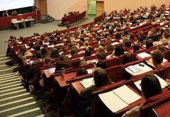 İngiliz Dili Ve Edebiyatı Bölümü Nedir, Dersleri Nelerdir Mezunu Ne İş Yapar