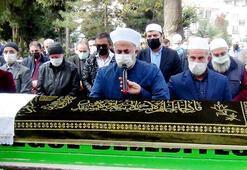 Kovid-19u yenen imam aynı hastalıktan ölen babasının cenaze namazını kıldırdı