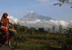 Merapi Yanardağı için alarm seviyesi yükseltildi