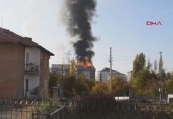 Ankarada korkutan çatı yangını