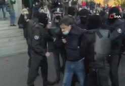 Ermenistan'da Paşinyan karşıtı gösterilerde arbede