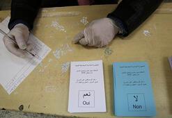 Son dakika... Cezayirde referandum sonuçlarını onaylandı