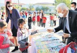 Köy okullarına 100 temel eser